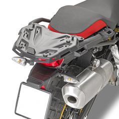Adaptador posterior específico Givi para BMW F750GS / F850GS (2018-2021)