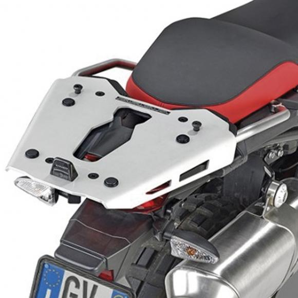 Adaptador posterior específico GIVI en aluminio para maleta MONOKEY®