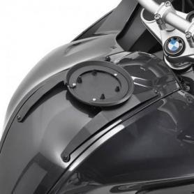 Kit adaptador metálico para el uso de bolsas sobre depósito Tanlock de GIVI