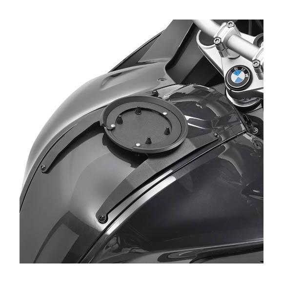 Kit adaptador metálico para el uso de bolsas depósito TANKLOCK. BF16 de GIVI
