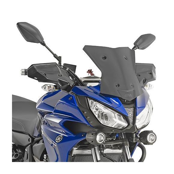 Cúpula en negro mate (32,5 x 33 cm) para Yamaha MT-07 Tracer (16 - 17) **baja y deportiva** de GIVI