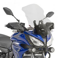Cúpula específica (56 x 41 cms) para Yamaha MT-07 Tracer (16 - 17) **transparente** de GIVI