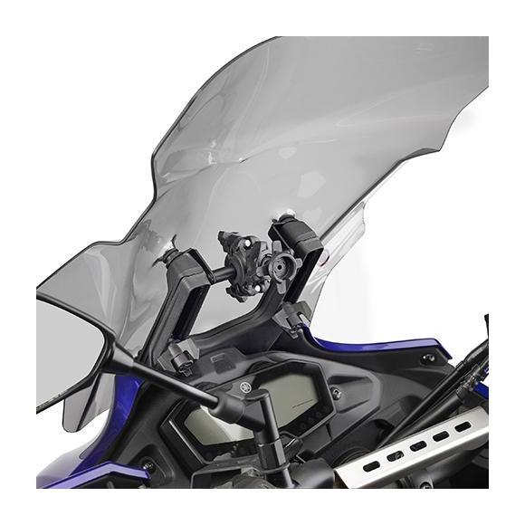 Barra a montar detrás de la cúpula para colocar S902A, S920M, S920L y porta GPS-Smartphone de Givi