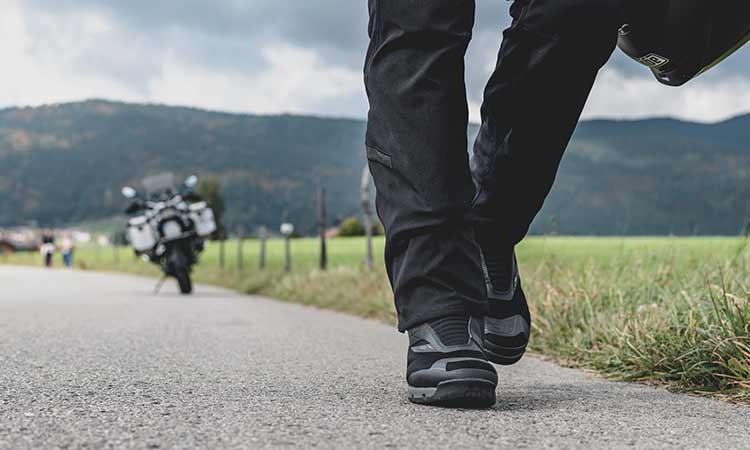Tipos de botas de moto: claves para saber elegir